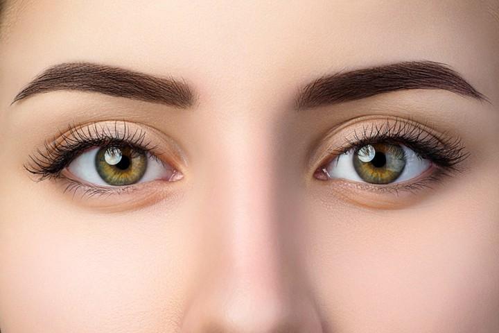 Arcápolási és sminktippek  kontaktlencséseknek